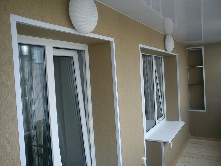 Оформление балконов пластиковыми панелями идеи дизайна..